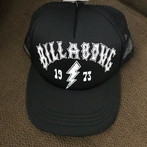 Billabong SnapBack never worn! Tags attached!